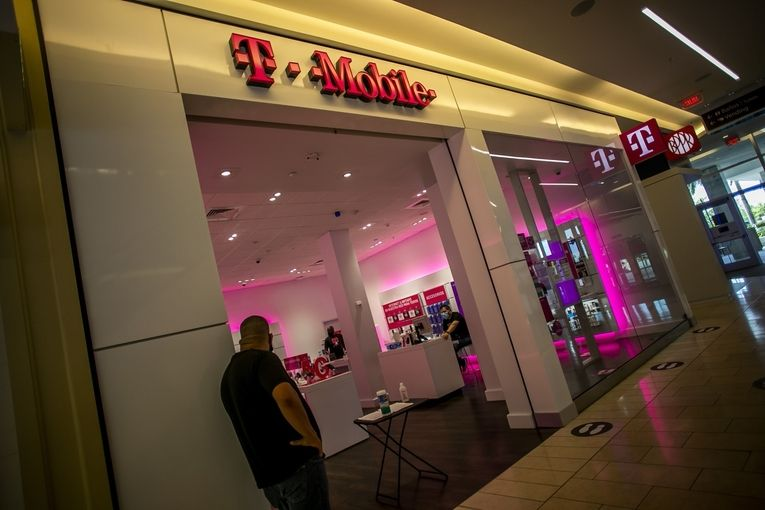 T-Mobile overtakes AT&T as second largest carrier