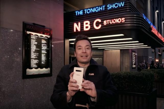 Jimmy Fallon's entire show last night was a Samsung ad: Tuesday Wake-Up Call
