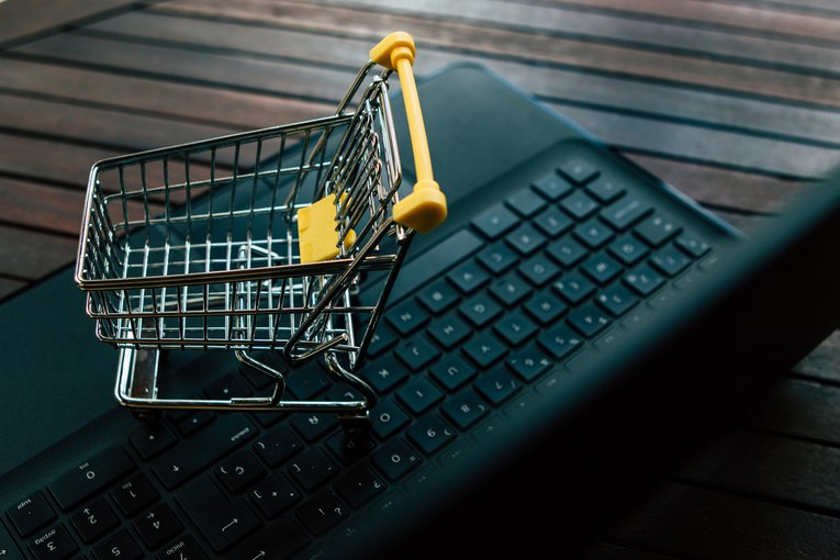 E-commerce shopping cart features to implement for the 2019 holiday season