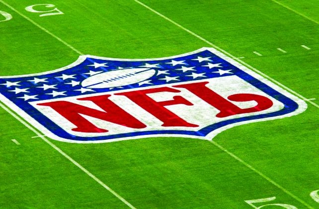 NFL Ratings Roll On Despite Blowouts, PR Problems