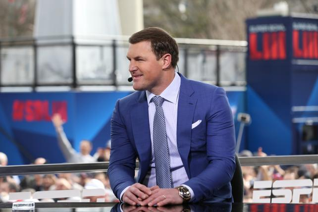 Jason Witten's departure gives ESPN a chance to step up its game