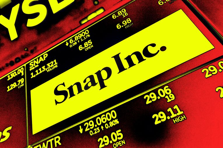 Snapchat reports 'worrisome' decline in revenue growth, addresses hot issues like brand safety