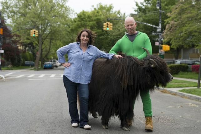 See the Spot: John Leguizamo, Rachel Dratch Hitch a Ride on an Ostrich, Yak for Vroom