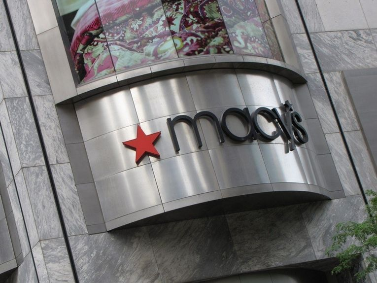 Macy's closing 45 more stores this year, including high-profile Chicago location