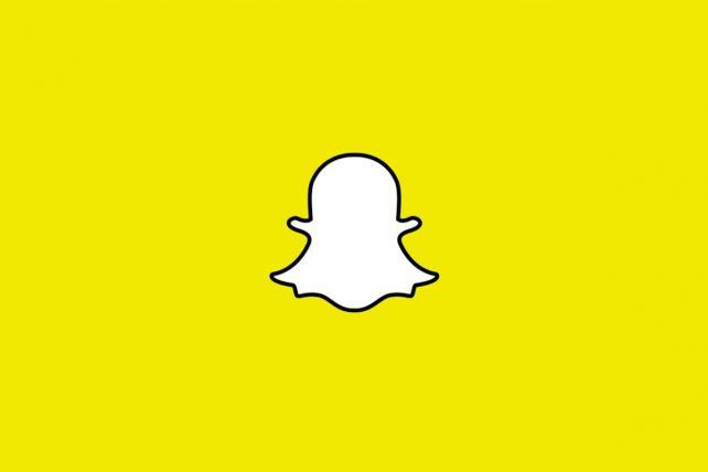 Monday Wake-Up Call: Snapchat trolls Facebook. Plus, a big breach of credit card data