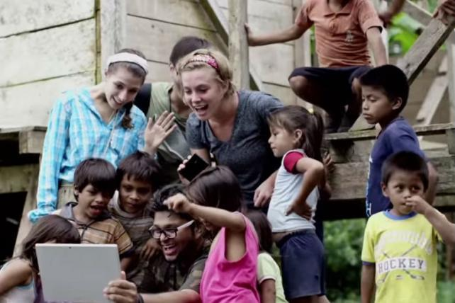 Microsoft Preps Global Campaign for Windows 10