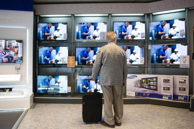 `Free TV for Life': It's (Sort of) Legal and Sweeping the U.S.