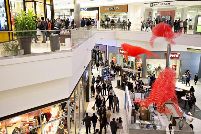 Mall landlords bar the door when retail tenants try to leave
