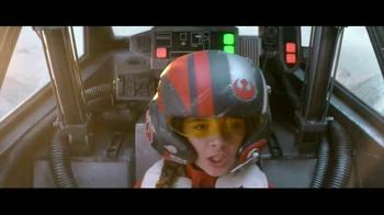 Disney Parks & Resorts: Star Wars Awakens